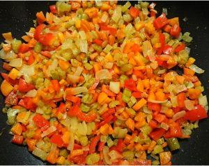 Lentil and vegetable penne pasta